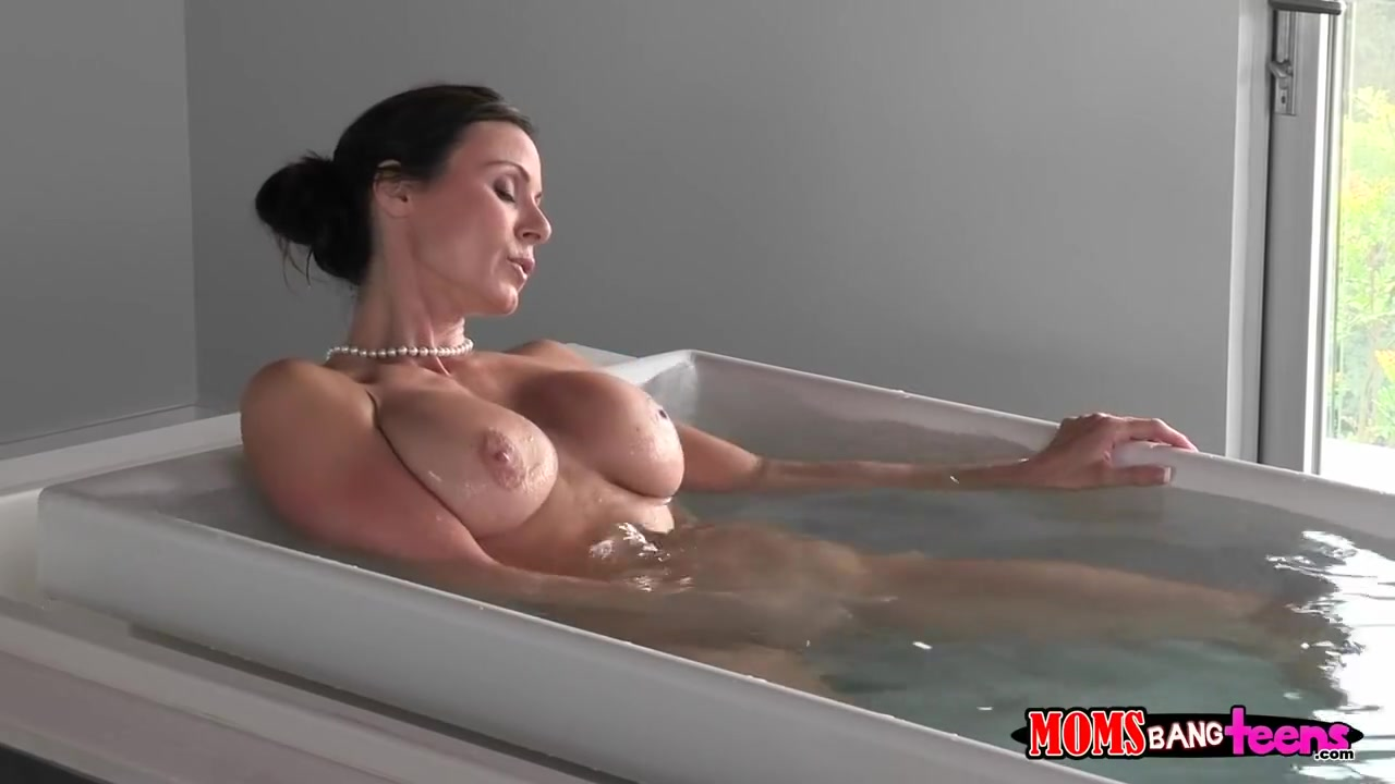 Hot xXx Pics Softcore elegant nude women