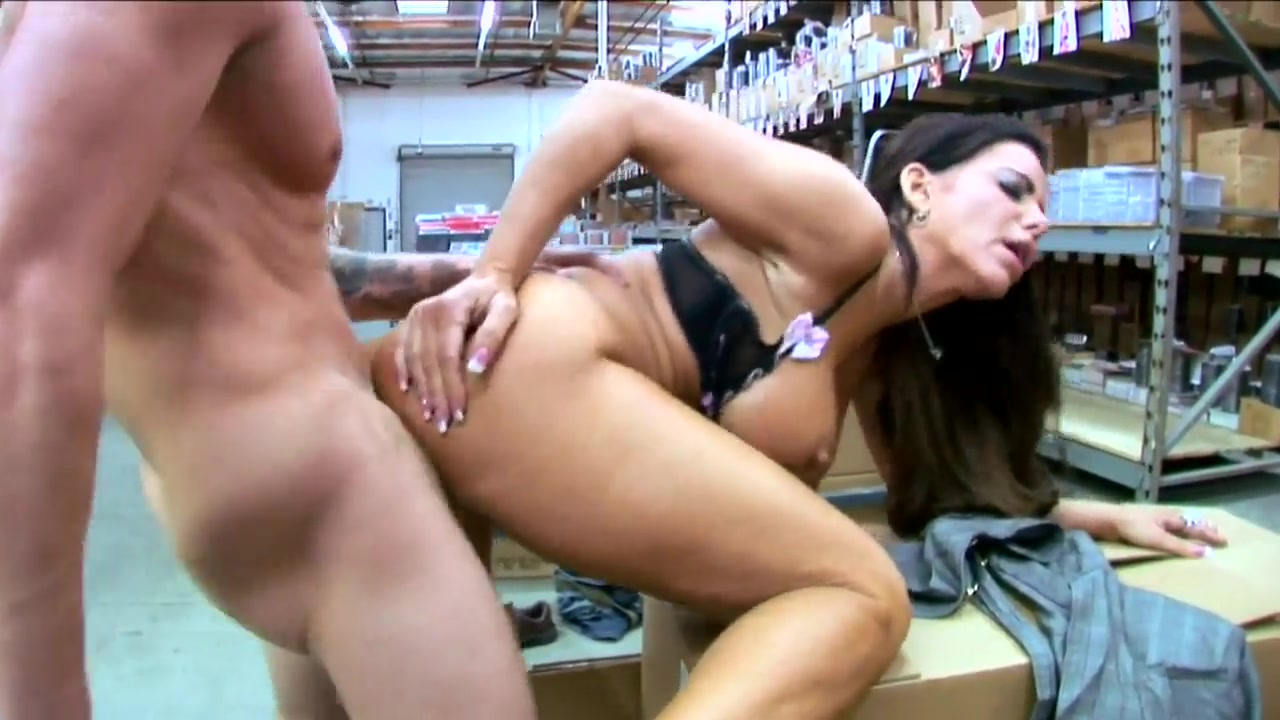 Amateur couple fucking video Porn pic