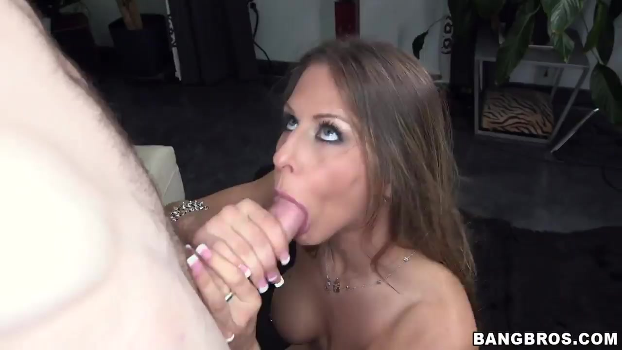 Sexy Video Khloe terae naked