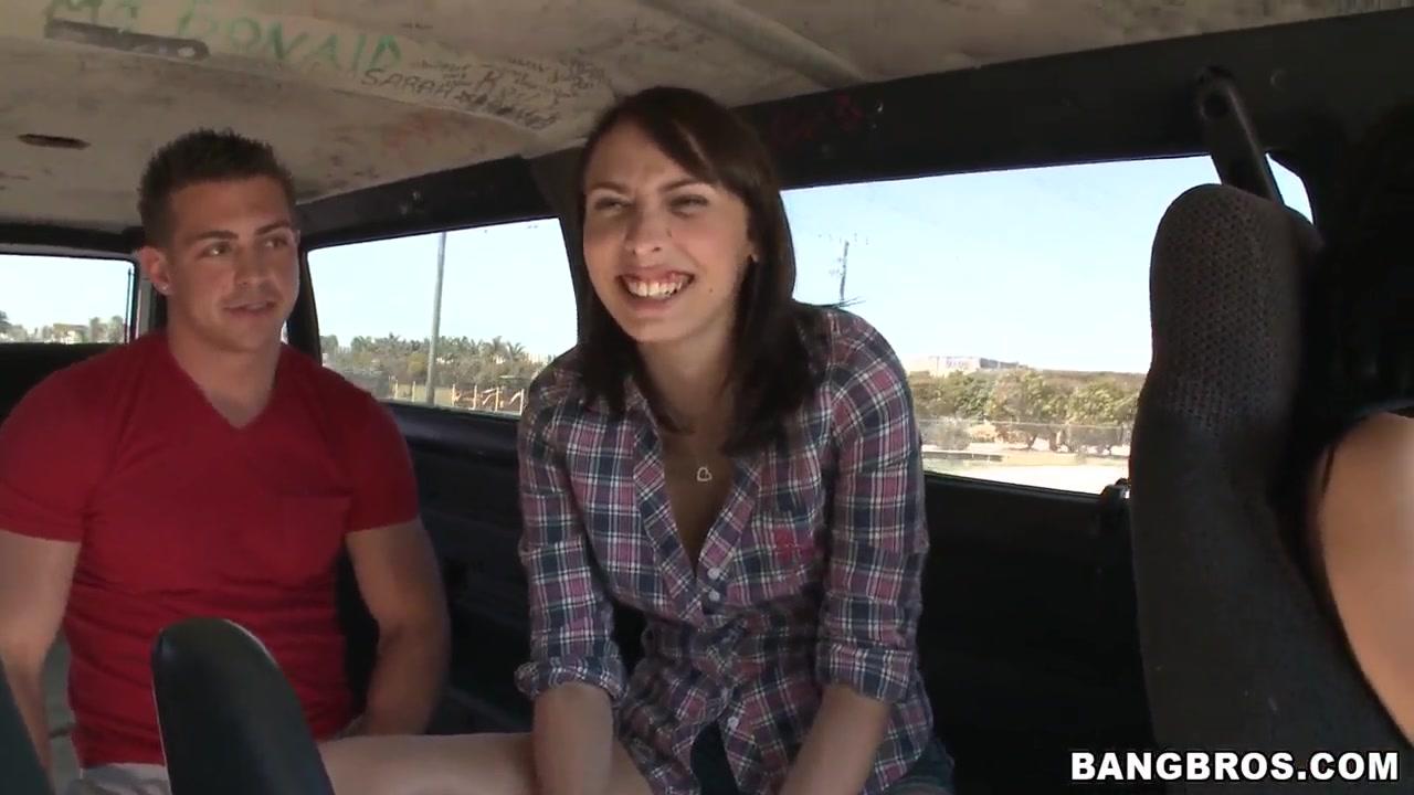 Good Video 18+ Yvonne strahovski dating