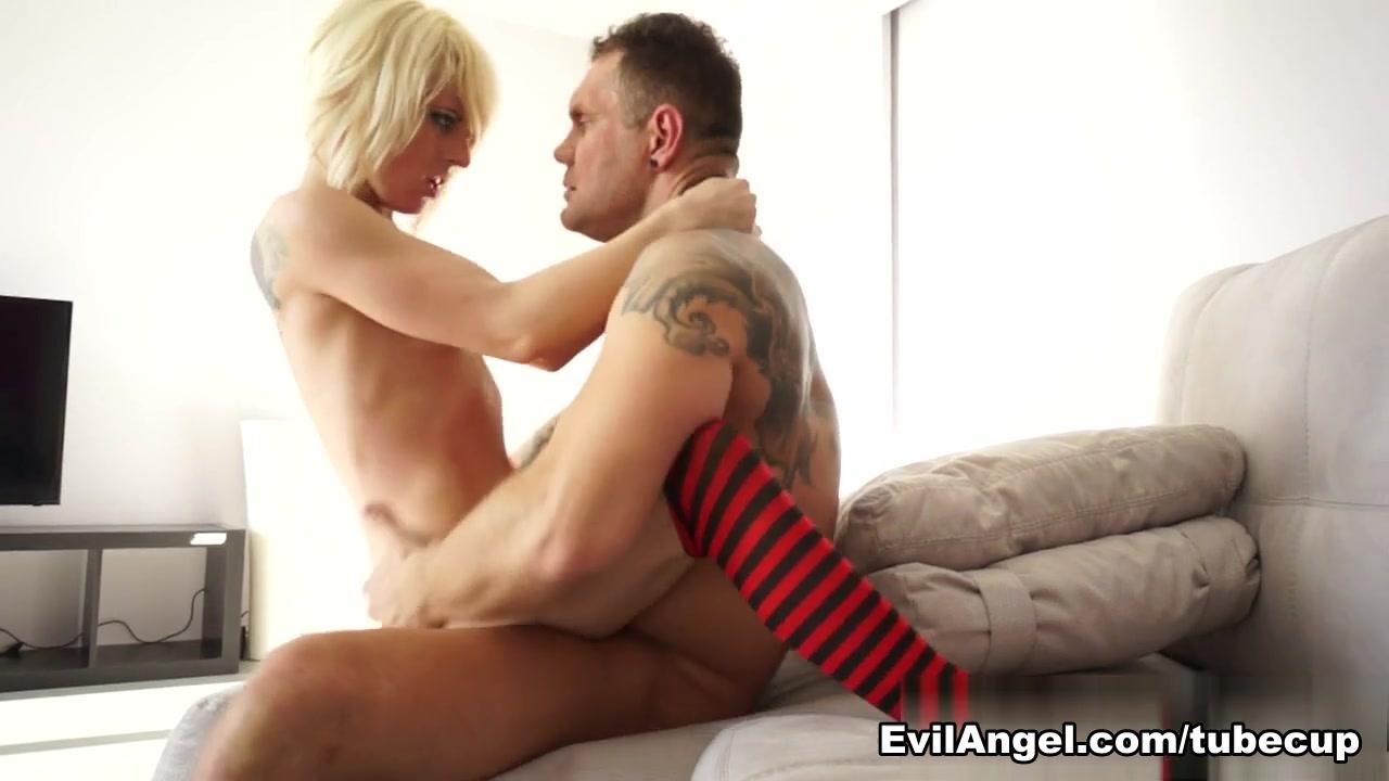 Intencion comunicativa y funcion poetica yahoo dating XXX Video