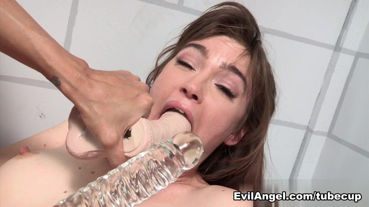 Lesbien close masturbated Brunettes