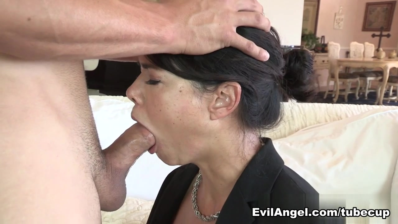 Hawaiian girl strip XXX Porn tube
