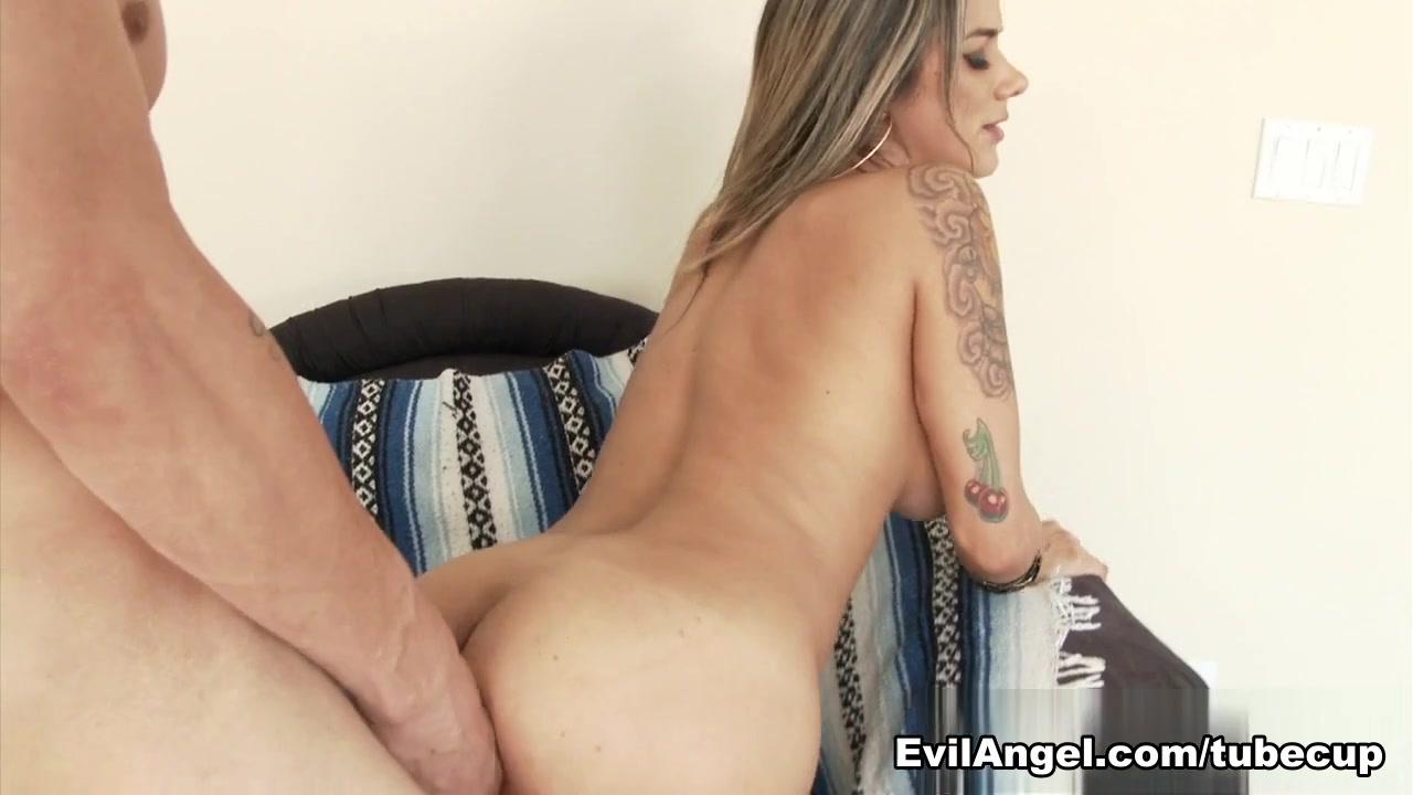 Porn Pics & Movies Essence atkins hot