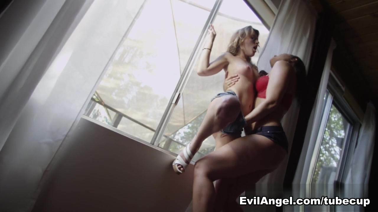Fucks naked vids Lesbic