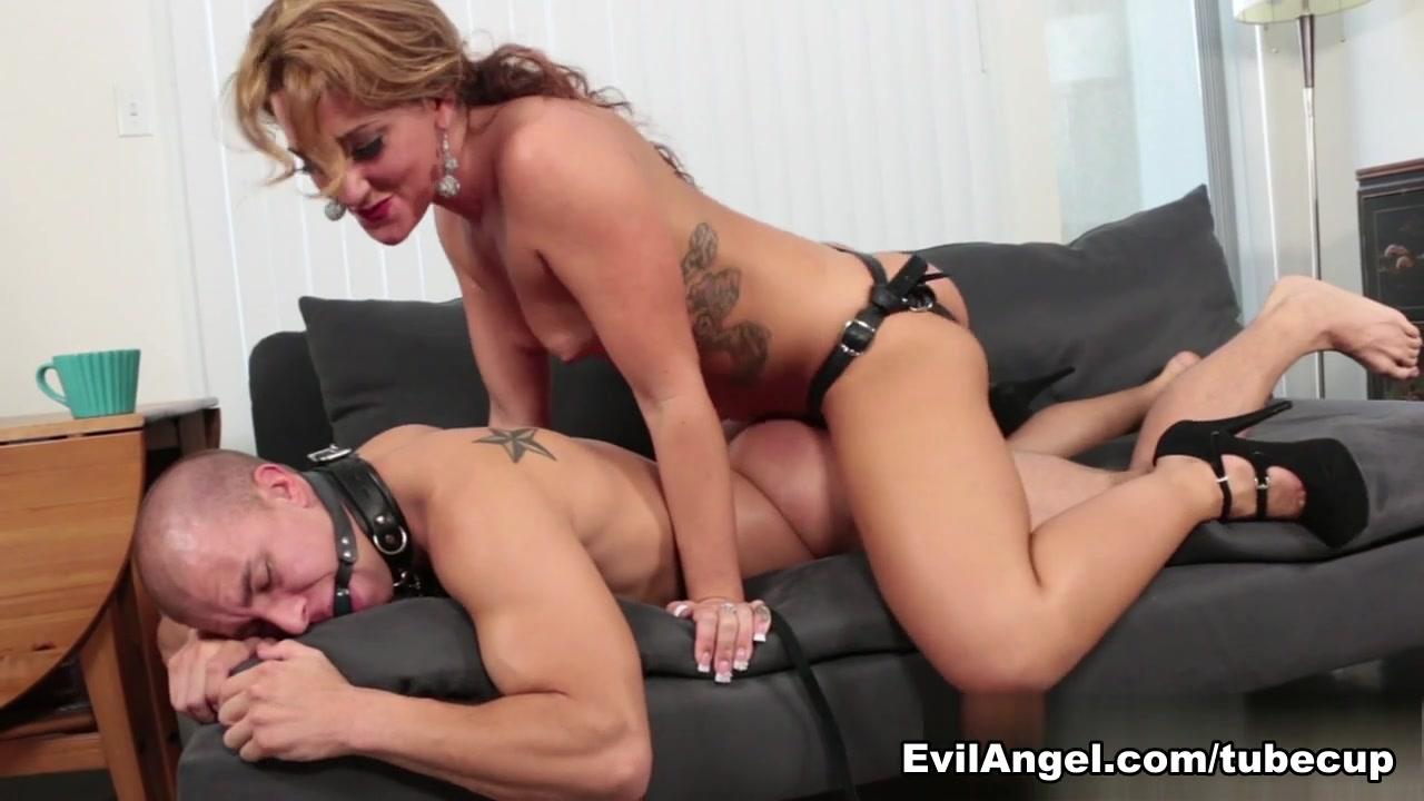 Www having sex videos com Naked xXx