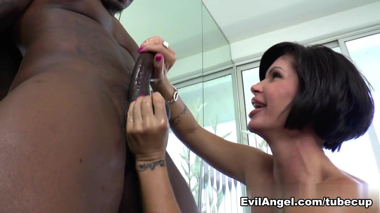 New xXx Video Horny latina cock suckers