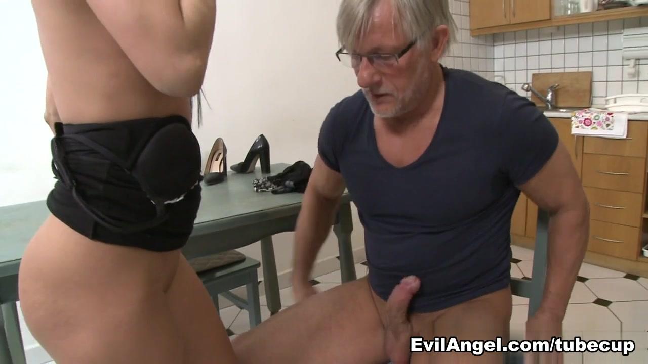 ebony girlfriend porn Porn FuckBook