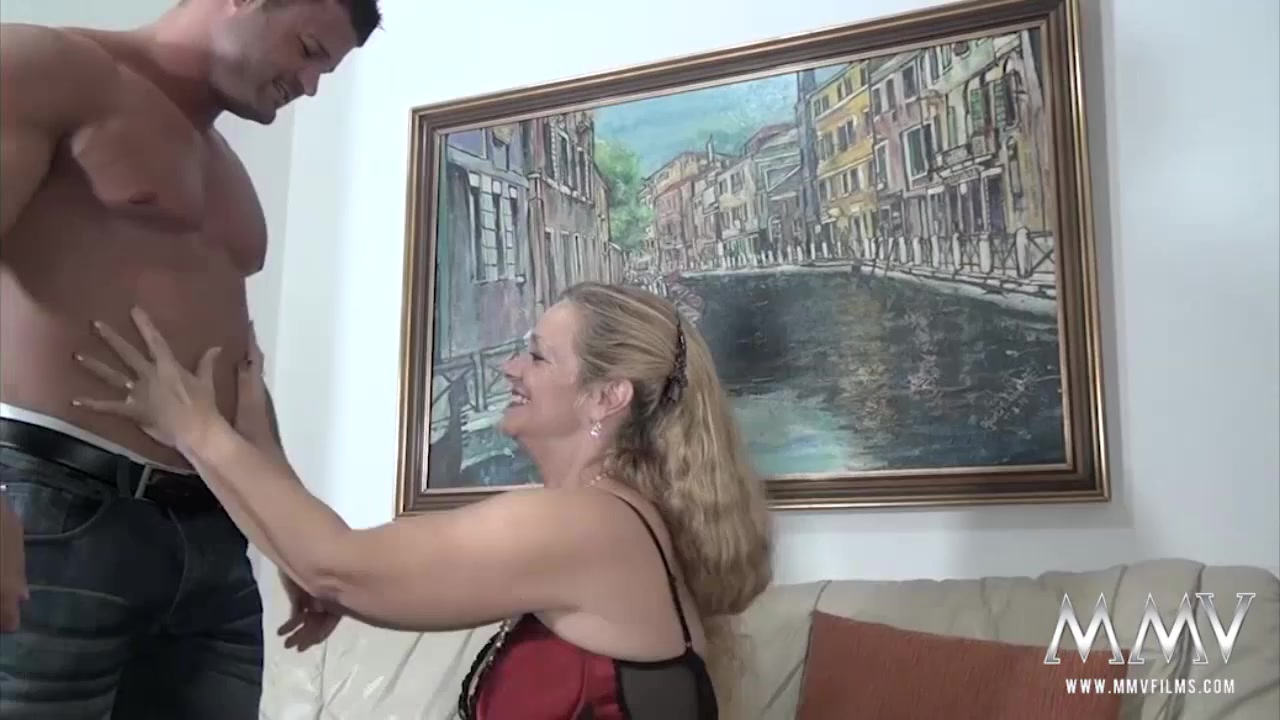 Adult Videos She didnt realise painfull anal is