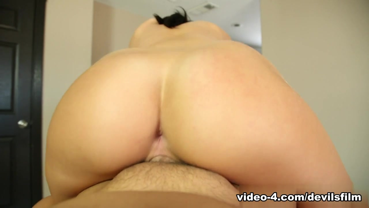 Naked Porn tube Hairy cunt tripple creampie pictures
