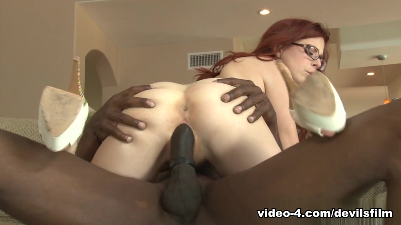 Getting sucked by a older bbw Hot Nude