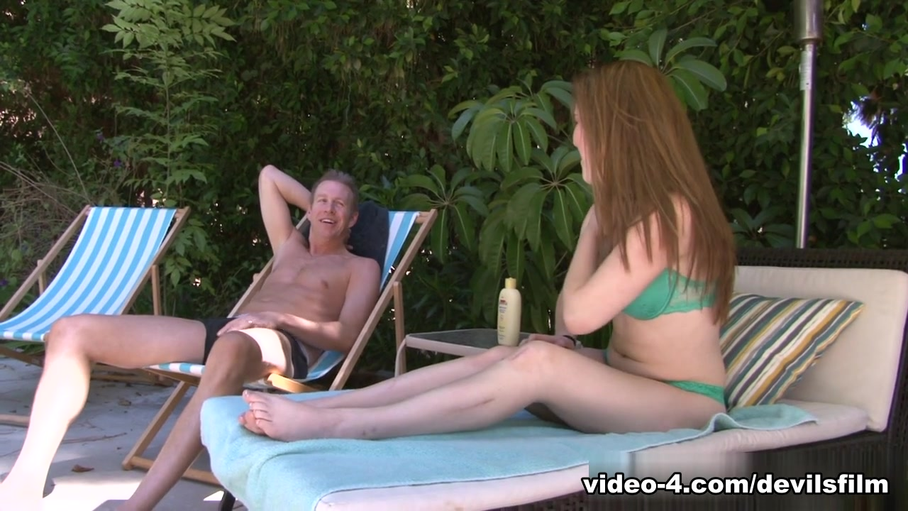 women kicking men in the nuts Hot xXx Video
