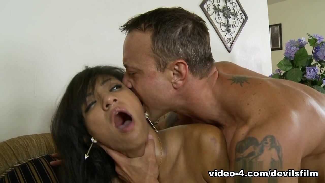 Pics Gallery Sex between mother and son