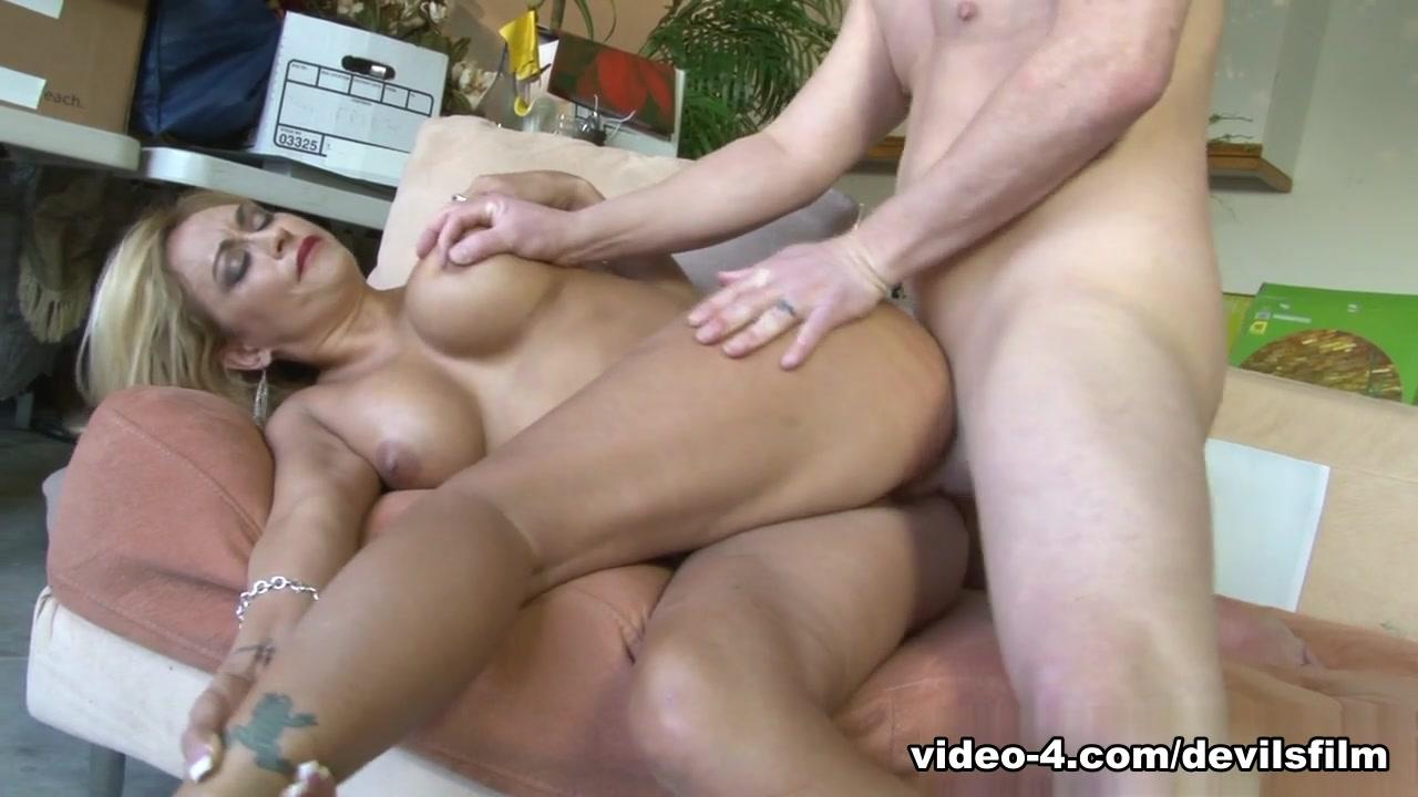 Butt cream pie nude XXX photo