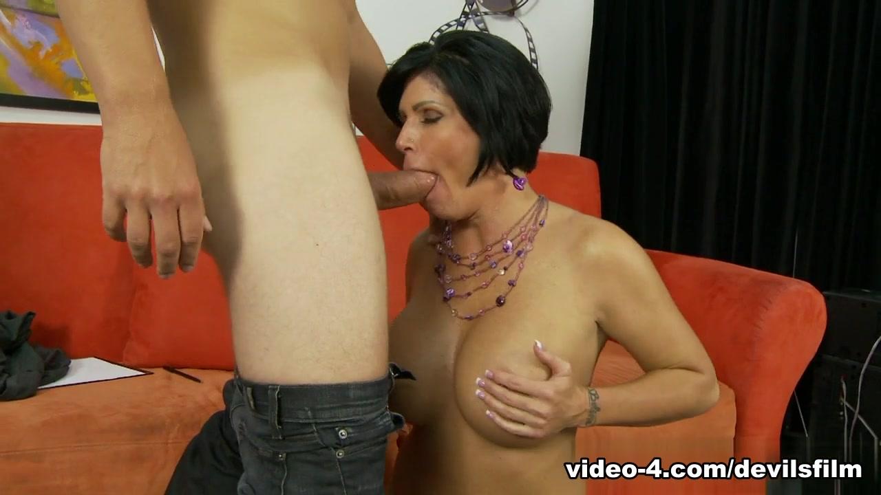 Amateur tits pussy xXx Photo Galleries