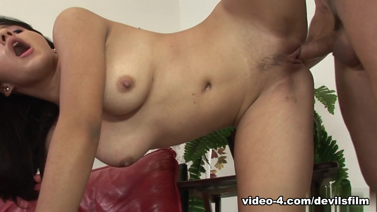 XXX Video Female masturbation in hd