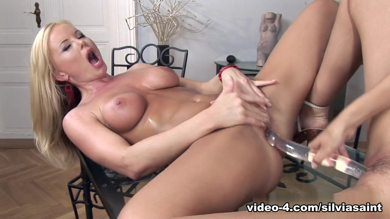 Porn clips Blu cantrell showing ass and pussy