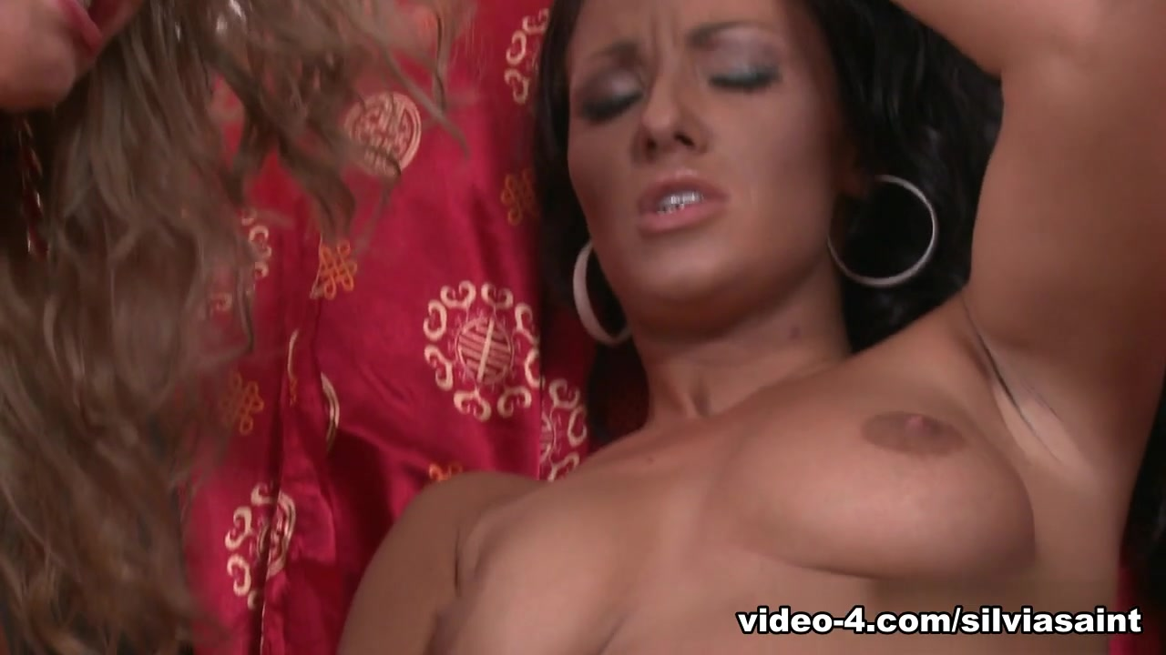 Wife Destroyed By Black Cocks Naked xXx Base pics