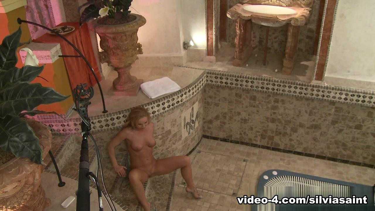 Porn pictures Ahmo Hight Erotic Confessions
