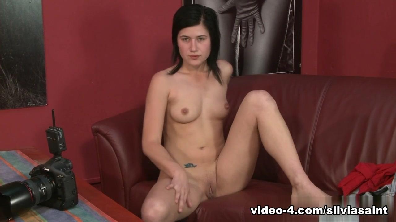 Emo girl fucks guy Hot xXx Pics