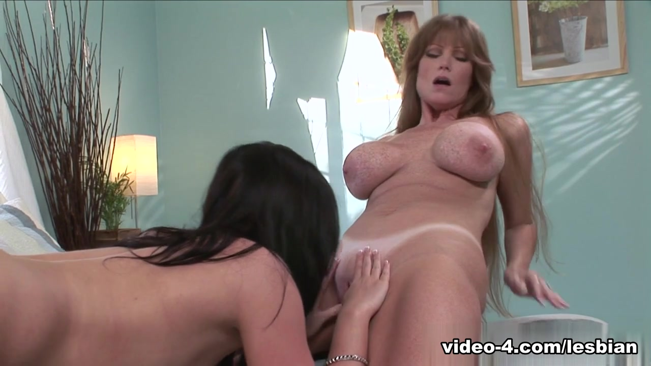 big ebony boob lesbian Porn archive