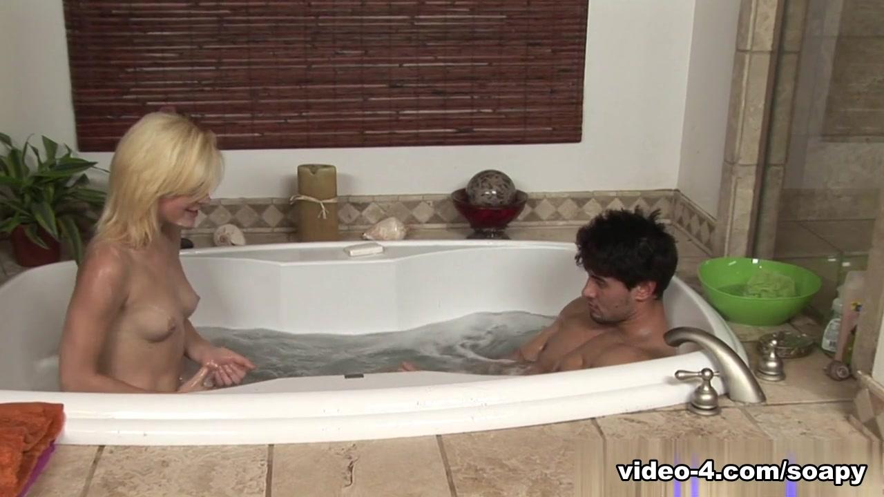 XXX Video Uncensored nude stars