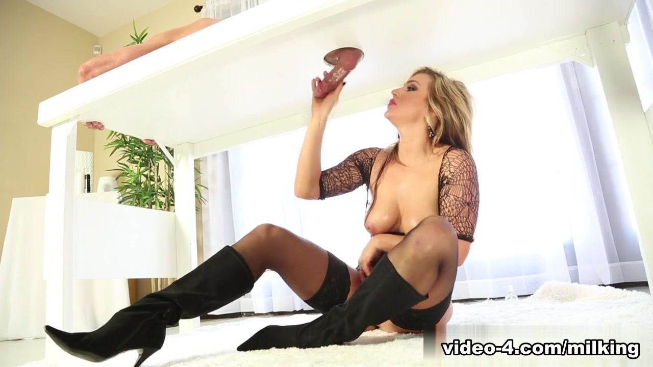 Porn pic Big yoga pants ass