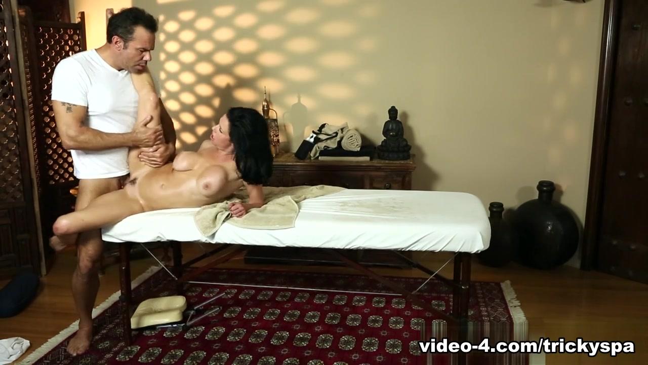 New xXx Video Gay massage herts