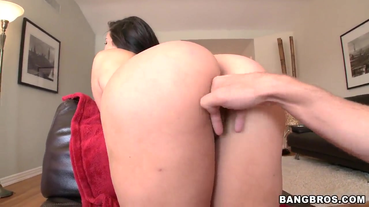 Porn clips Hot sweaty nude women with pubes