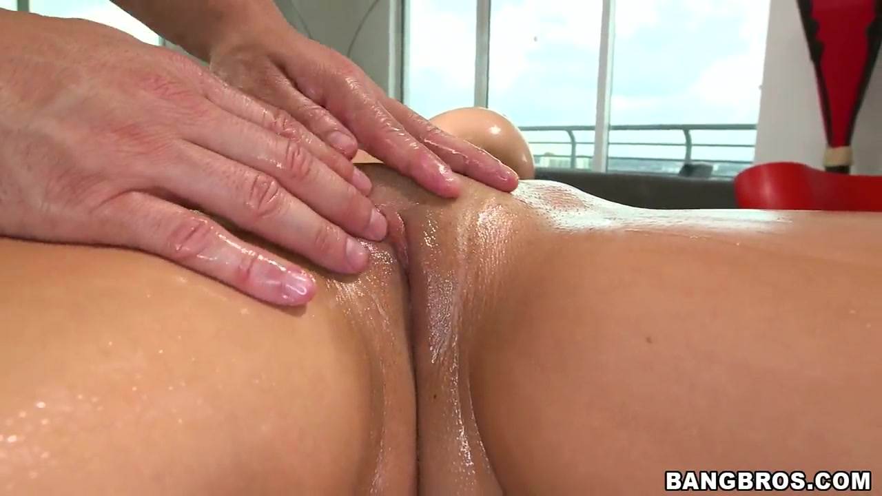 Cant hold her pee video Adult videos
