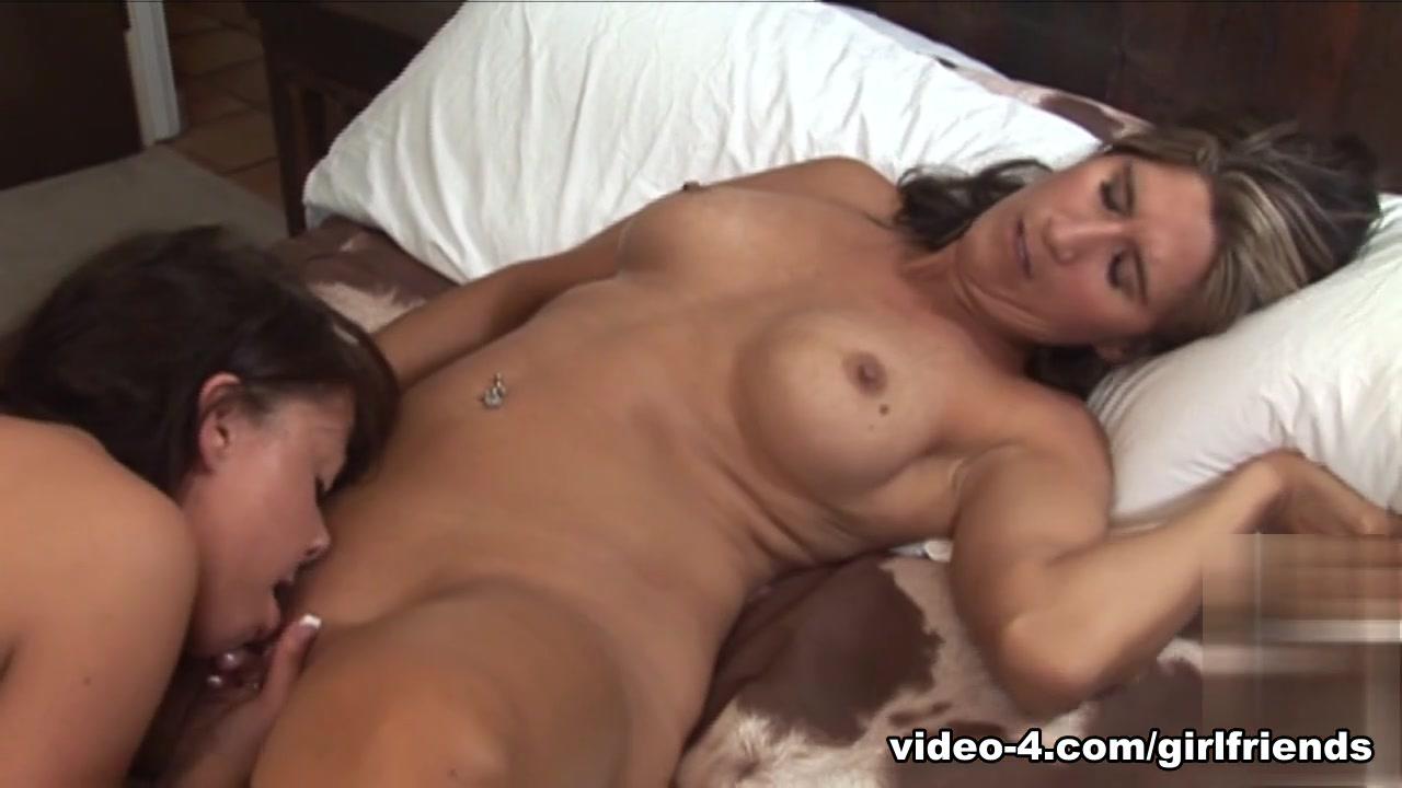 Masturbatian videis sexx Lesbi