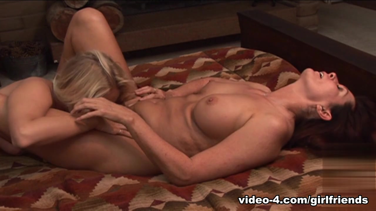 Boobs sexy women huge