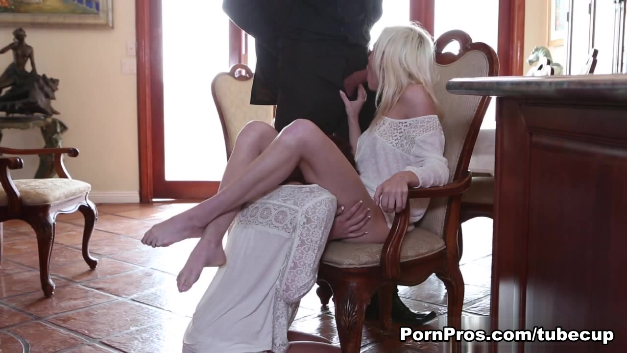 Porn pictures Naked french female maids