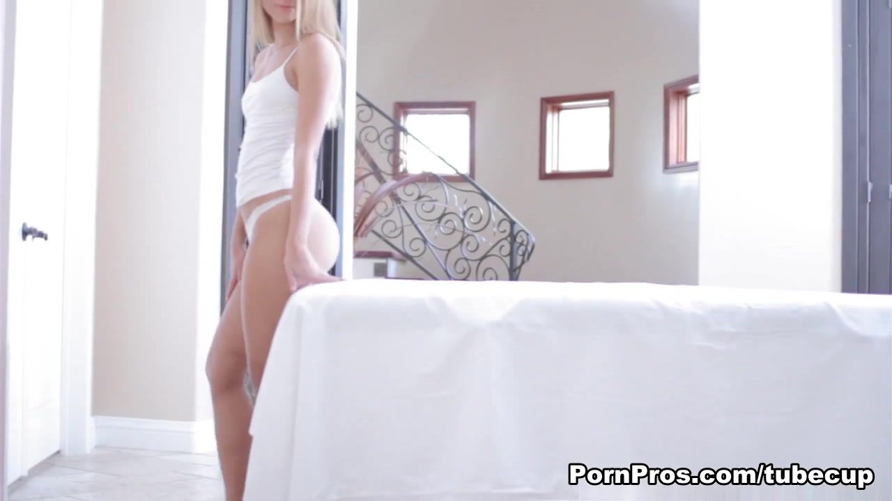 X old hausfrau in pantyhose Sexy xxx video
