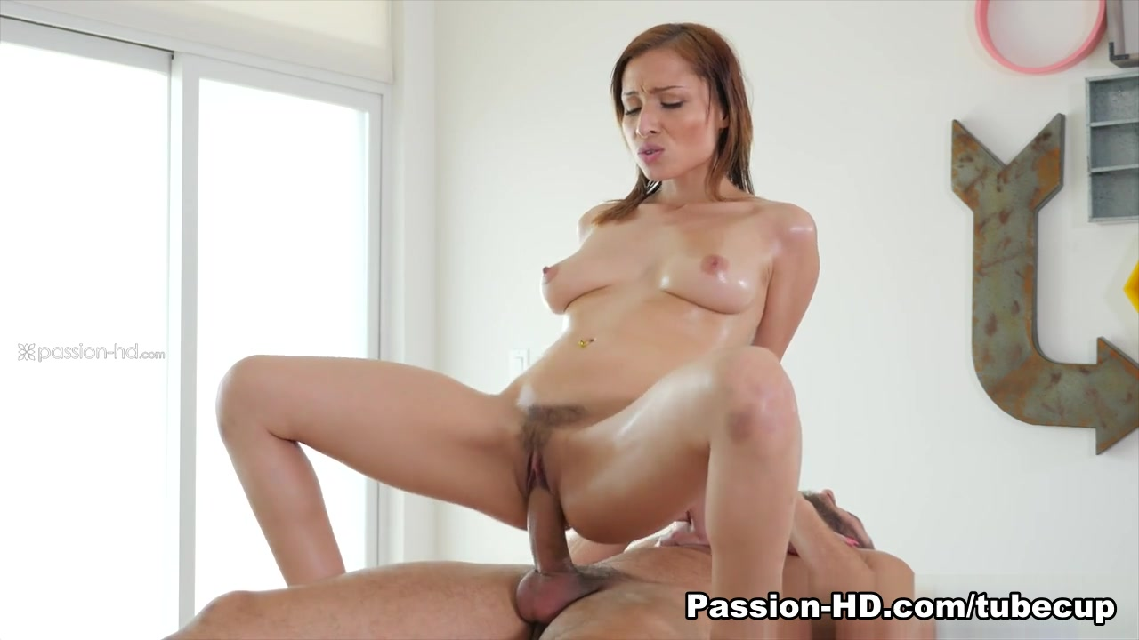 Nude gallery Busty Isis Taylor bangs with Ramon Nomar
