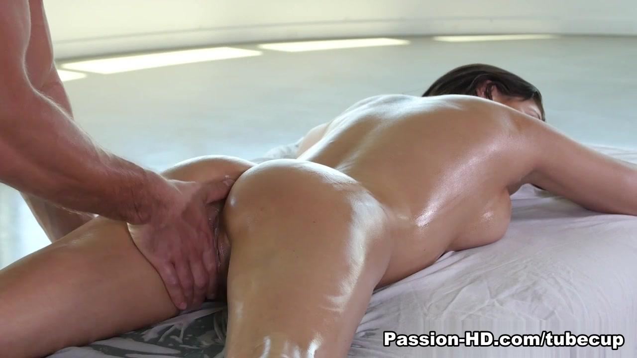 Porn FuckBook Busty big ass facesitter