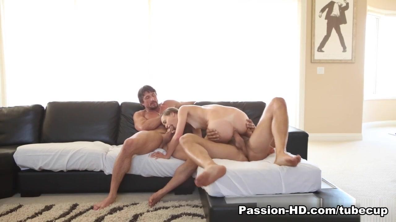 Big dick shemale blowjob videos Sex photo