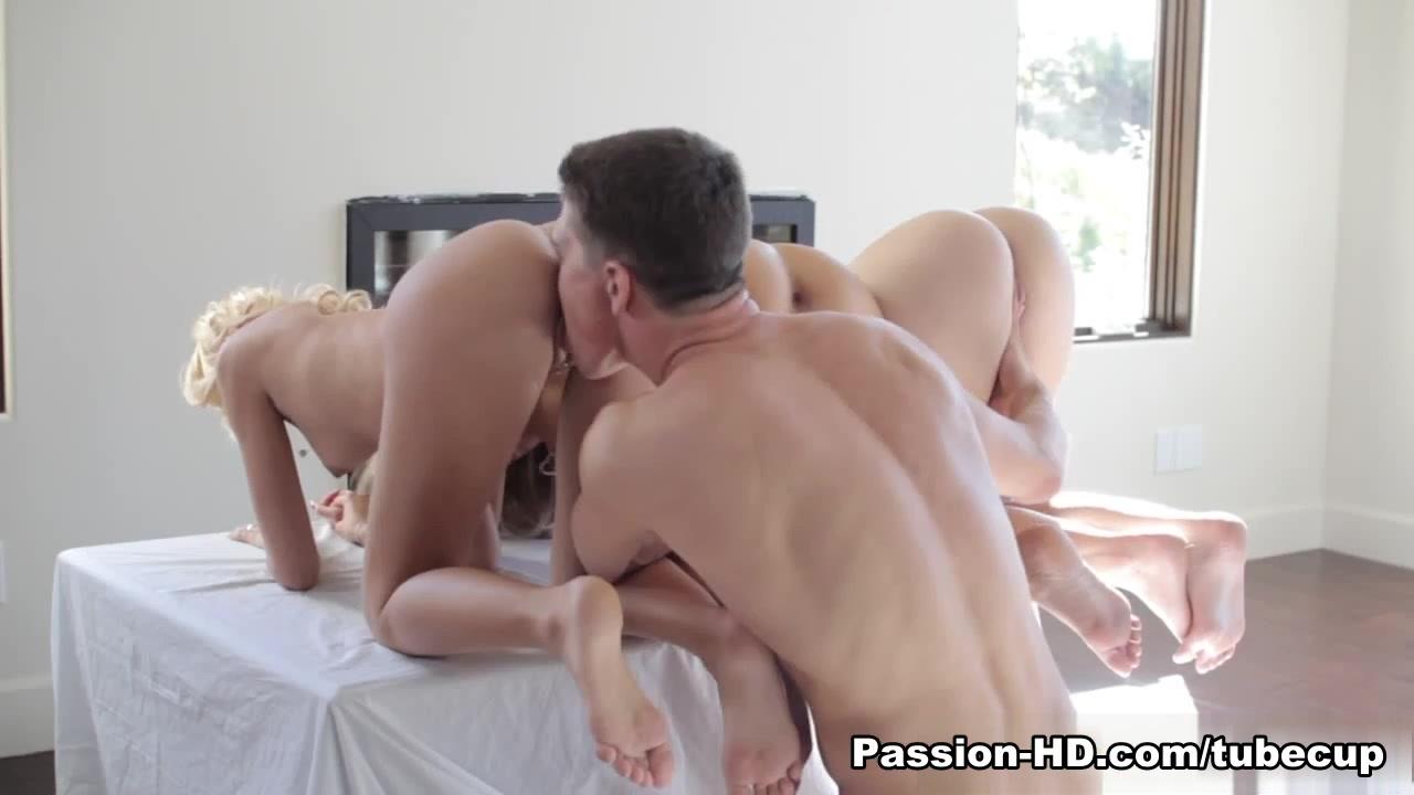 Nude gallery Sexy milf gets fucked hard