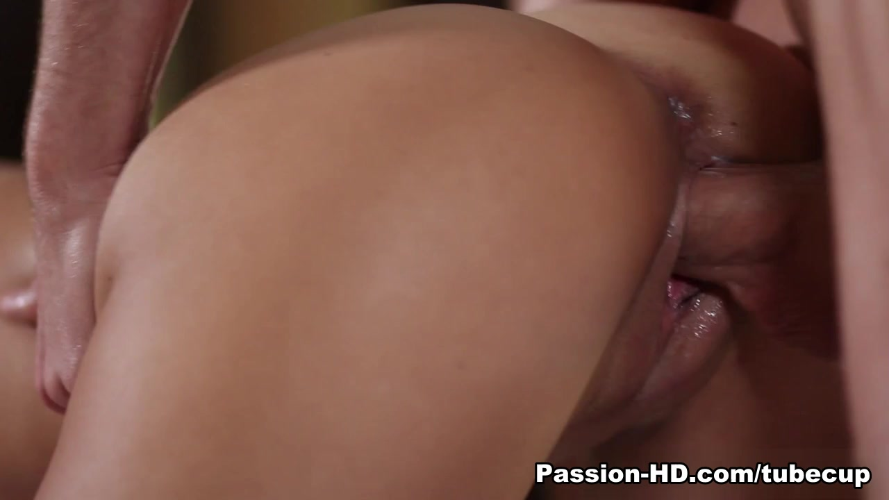 Porn pictures Milf in spandex shorts