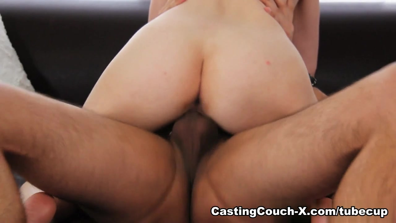 xXx Galleries Babe gets first double penetration
