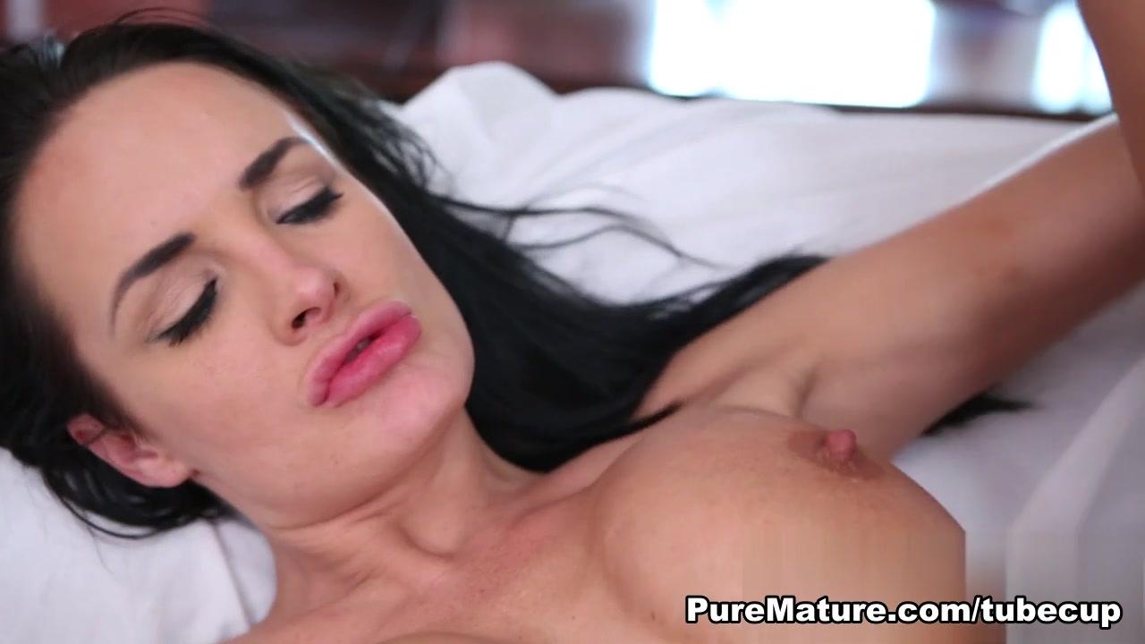 New xXx Video Maite perroni dating