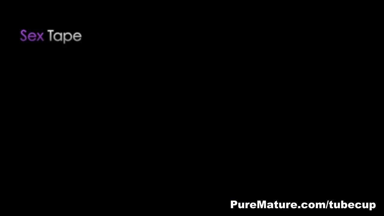 xXx Videos Erotic stories longline bra