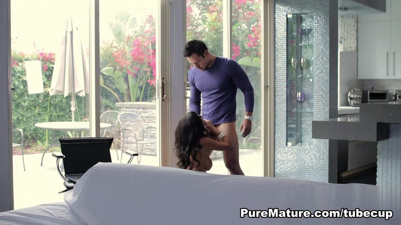 Porn pictures M4m massage tucson