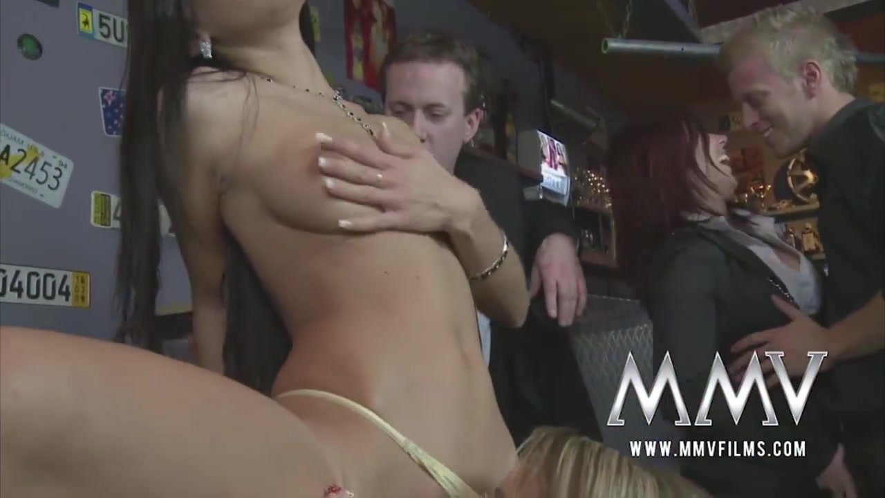 Porn clips Girls gagging blowjob vids