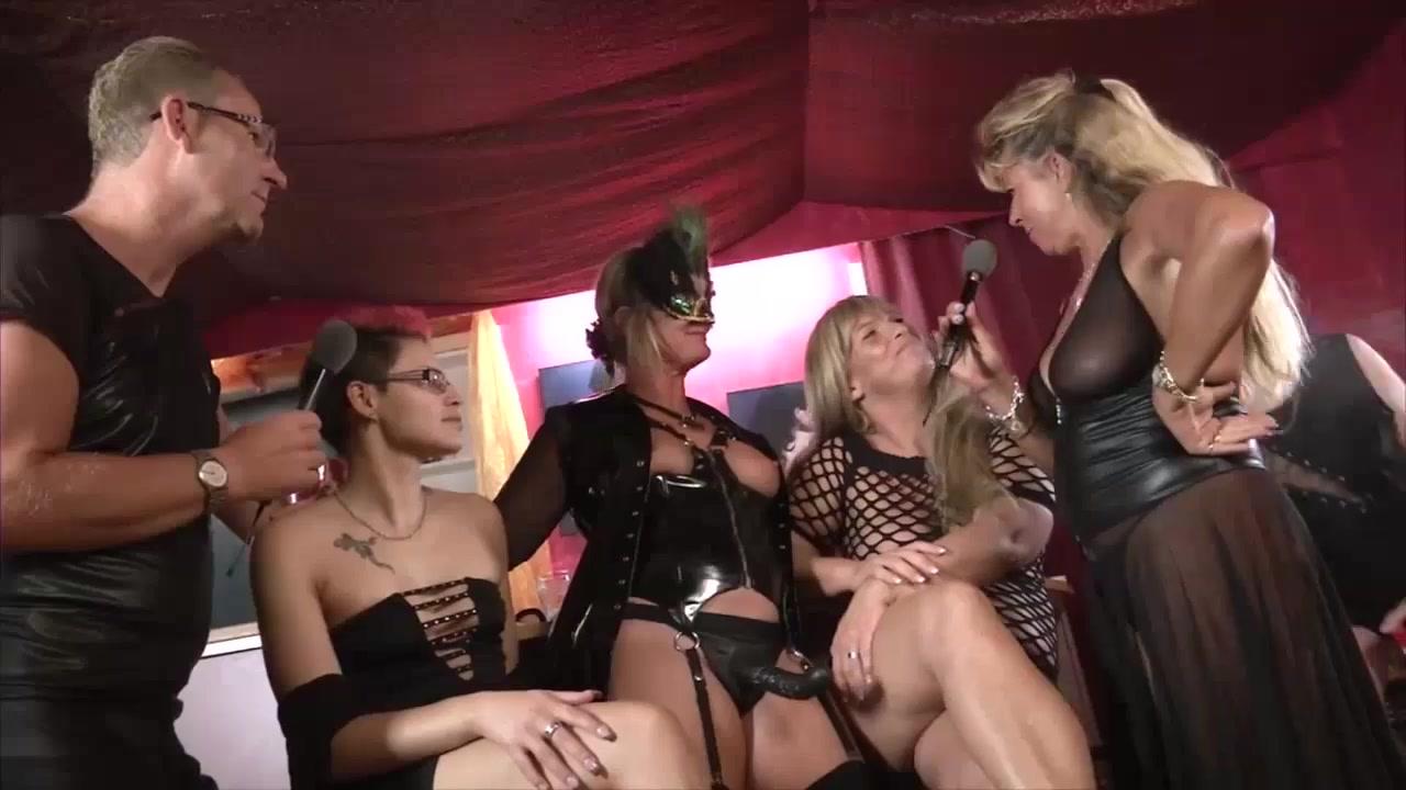 Orgasm sexu Matura lesbien