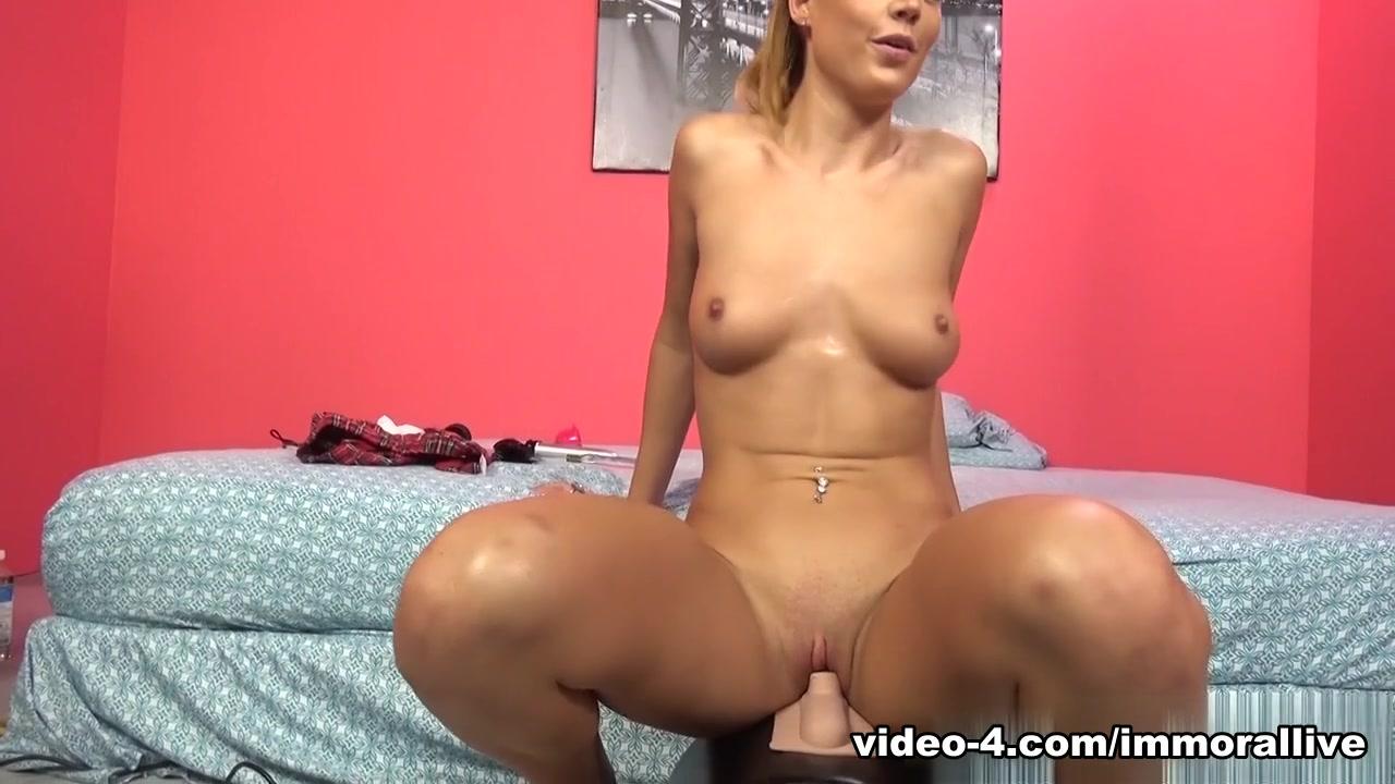 R. kelly porn golden shower XXX pics