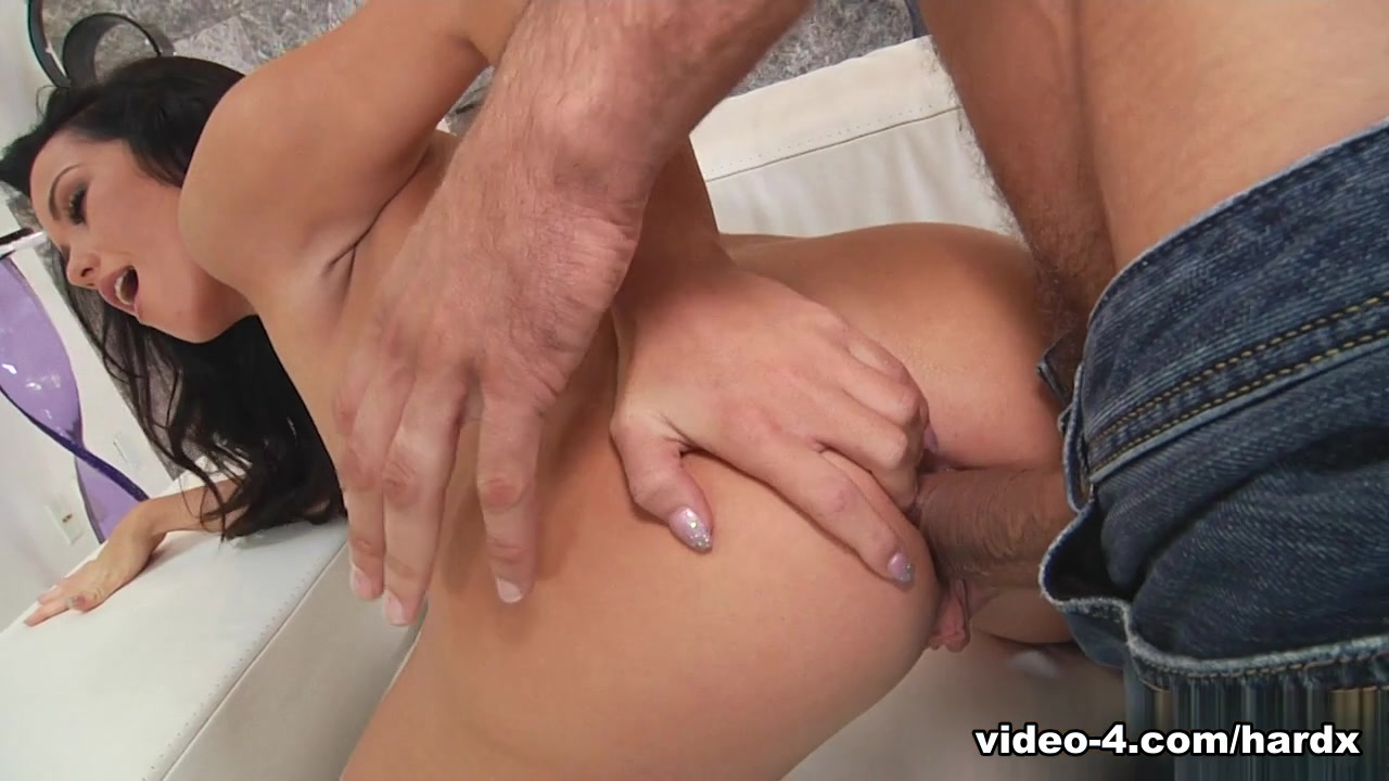 Mature chubby sucking and fucking fun All porn pics