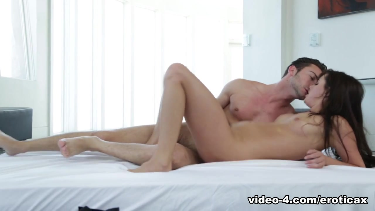 XXX Video Asian Kitty Milf