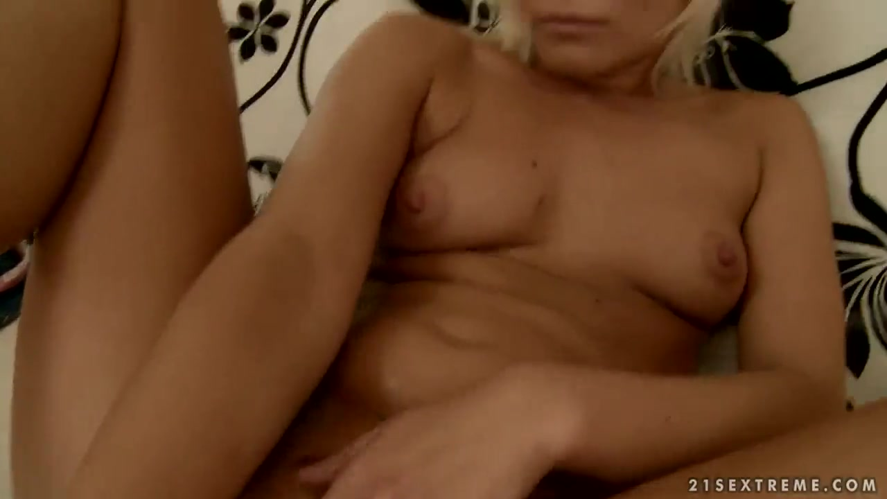 Daughter lesbi pornos orgies