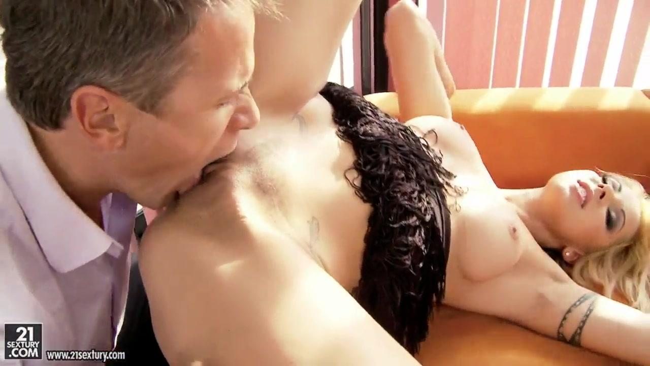 Adult Videos Our amature friends fuck